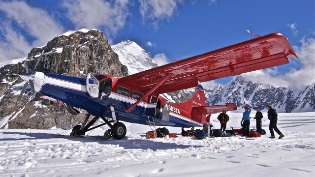 Самолёт на снегу