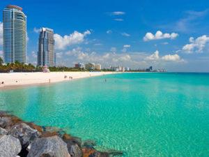 самый популярный пляж в Майами.