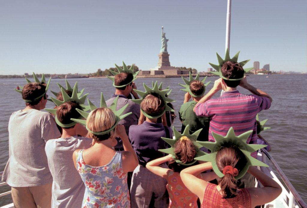 Туристы и Статуя Свободы