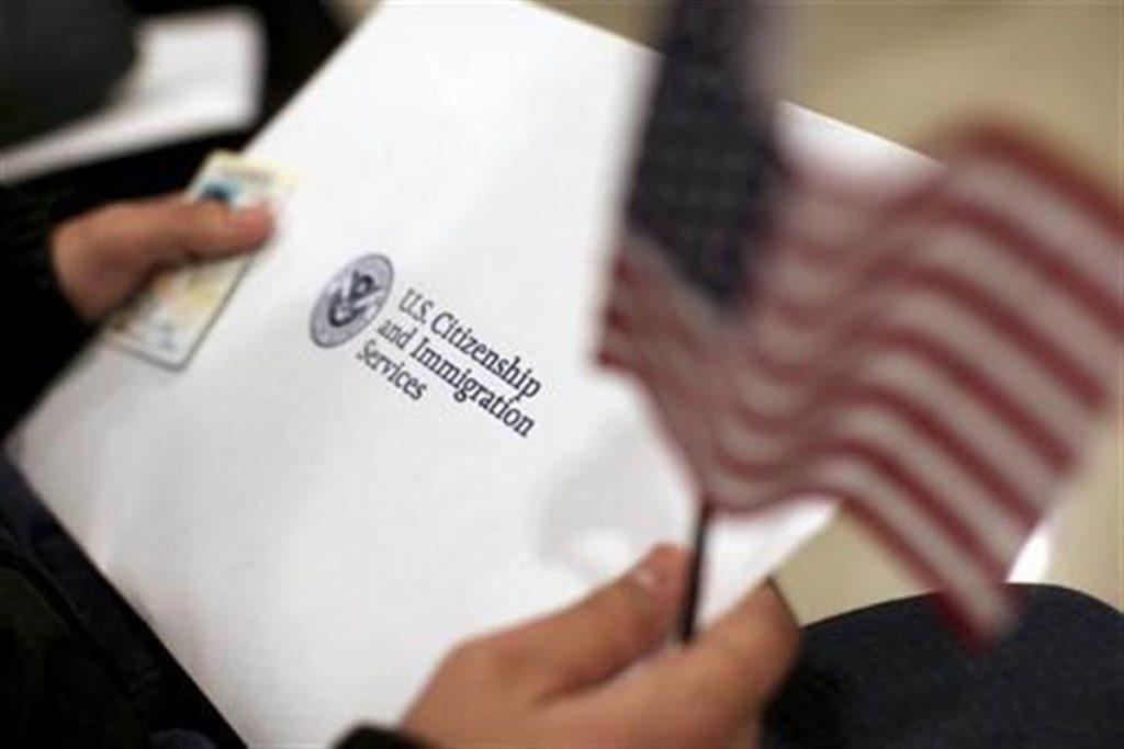 Письмо из службы гражданства и иммиграции США