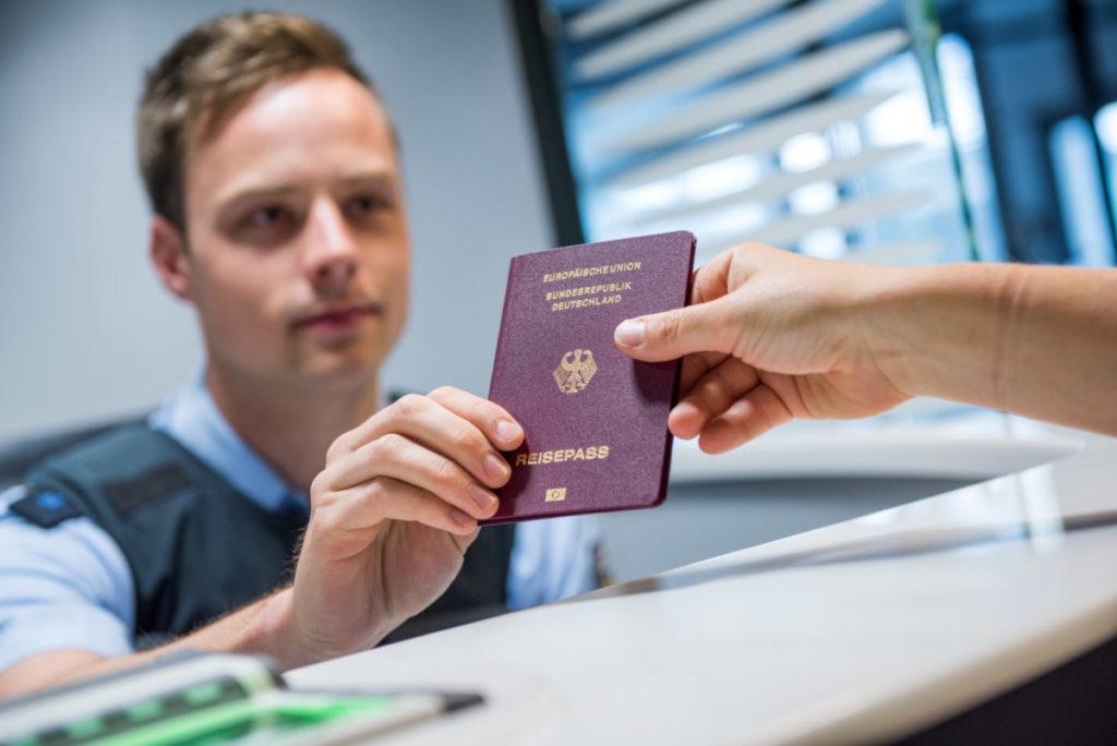 Получение статуса гражданина Германии